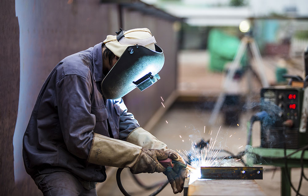 Hire Custom Metal Fabrication Services Professionals
